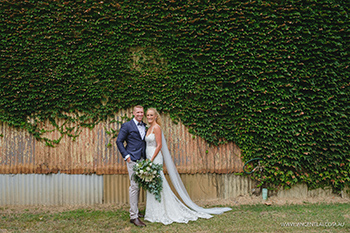 Relaxed Documentary Country Wedding on a Private Property